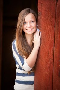 Senior Pictures Barn